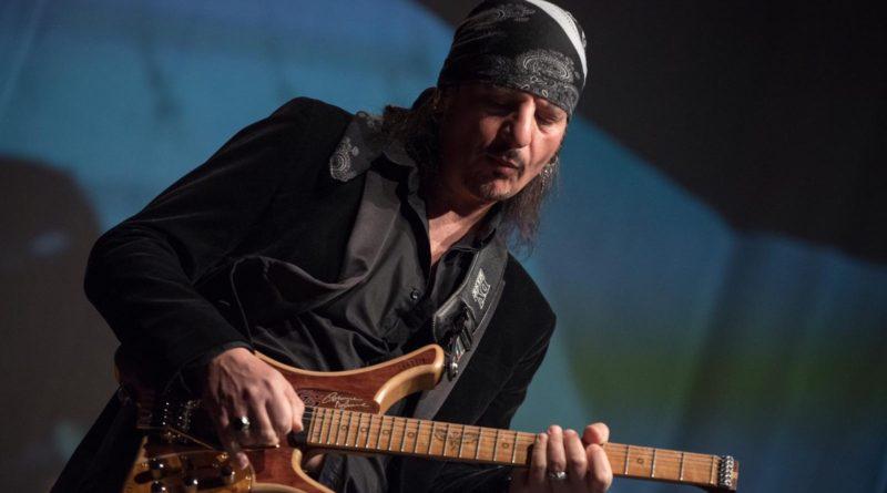 Capua. 'Don't let me....' il nuovo ep del chitarrista Carmine Migliore - Capuaonline.com